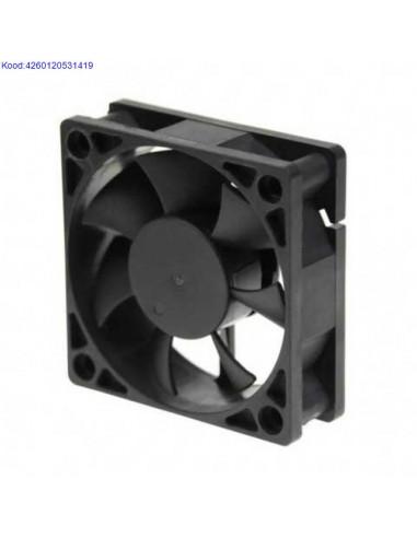 Охлаждающий вентилятор Titan...